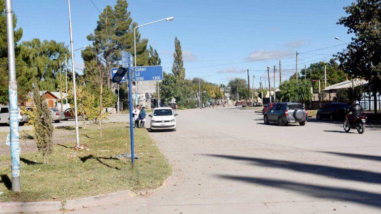 Todo el barrio se provee de energía a través de la cooperativa de Plottier.