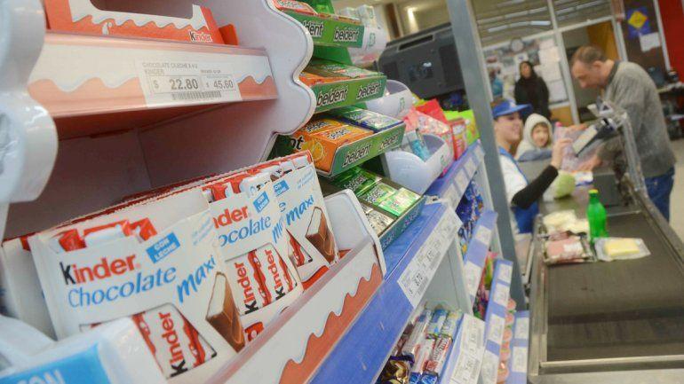 La OMS recomienda promover la reducción del consumo de azúcar.