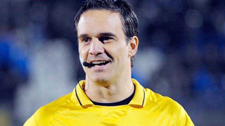 Patricio Loustau dirigirá Independiente-San Lorenzo.