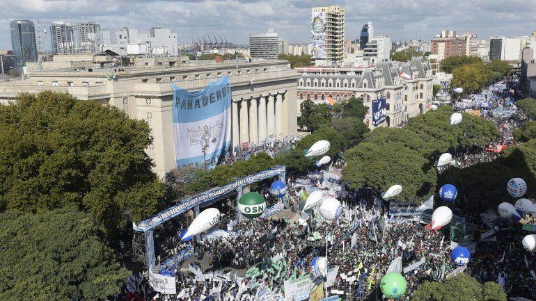 El acto congregó a una multitud ayer en Buenos Aires.