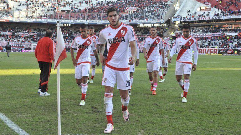 Con un equipo alternativo, River empató sin goles con Vélez