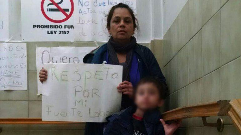 Lorena Castro exige que no la echen del trabajo en el Bouquet Roldán.