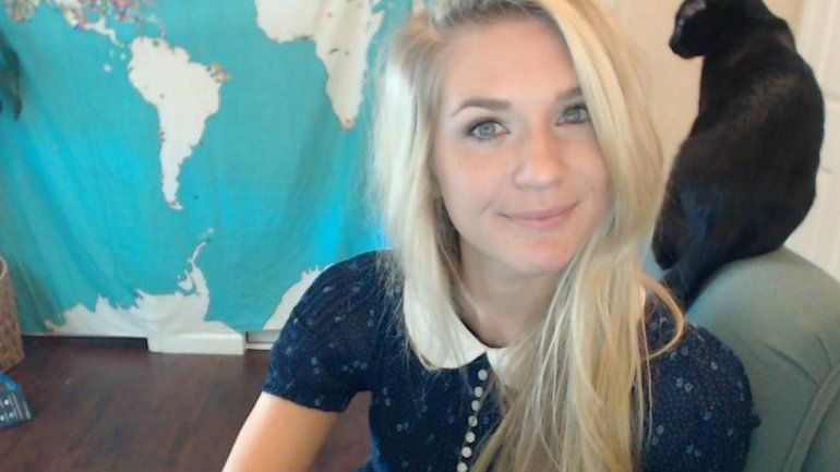 La bella Lea May se pasó de la raya y la plataforma Twitch la bloqueó.