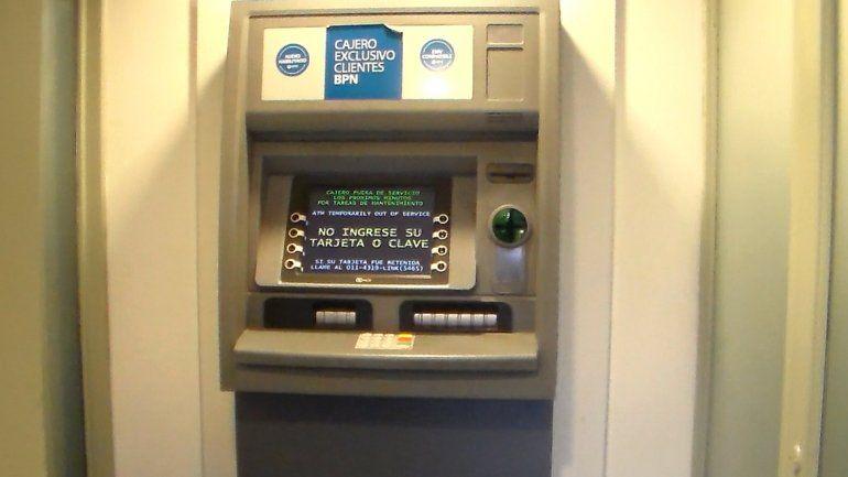Hay problemas para sacar plata en los cajeros del BPN
