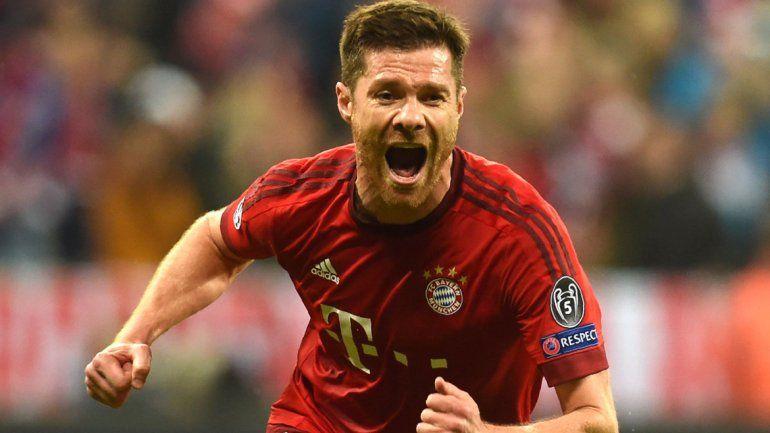 Alonso metió el primer gol del Bayern.