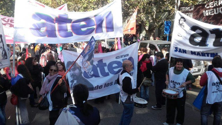 ATEN marchó en solidaridad con los detenidos de Tierra del Fuego