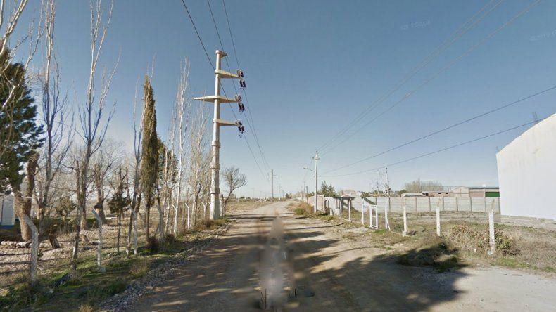 Chocó contra un poste y dejó a dos barrios sin luz