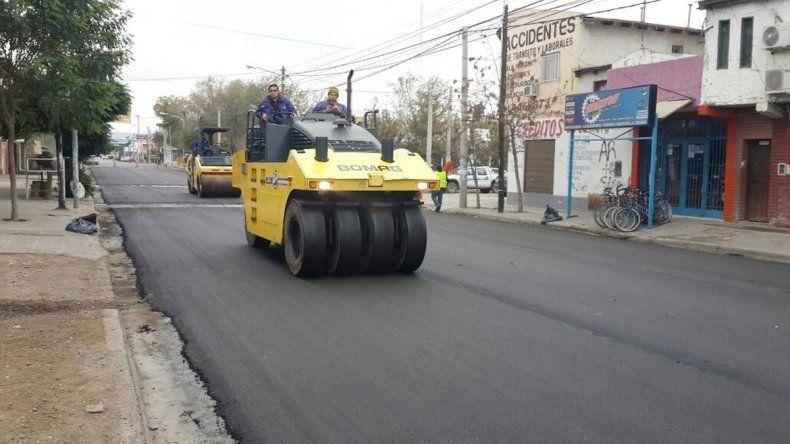 La repavimentación de la calle estará lista este fin de semana.