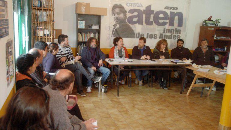 Los secretarios generales de ATEN realizaron ayer un plenario en Junín de los Andes