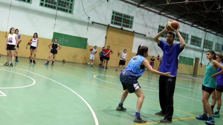 El básquet femenino hará los ensayos en el CEF Nº1.