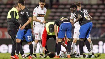 Otro caso de muerte súbita en el fútbol. Fue en Rumania.
