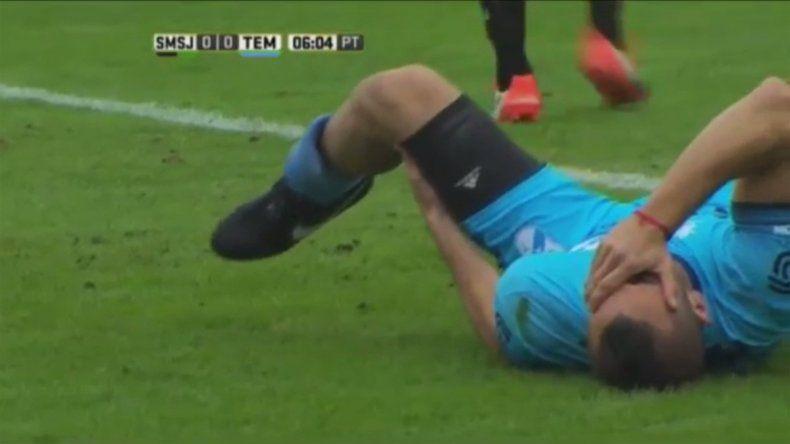El jugador de Temperley sufrió una fractura de peroné.