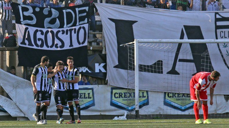 Independiente volvió a tropezar ante Cipolletti