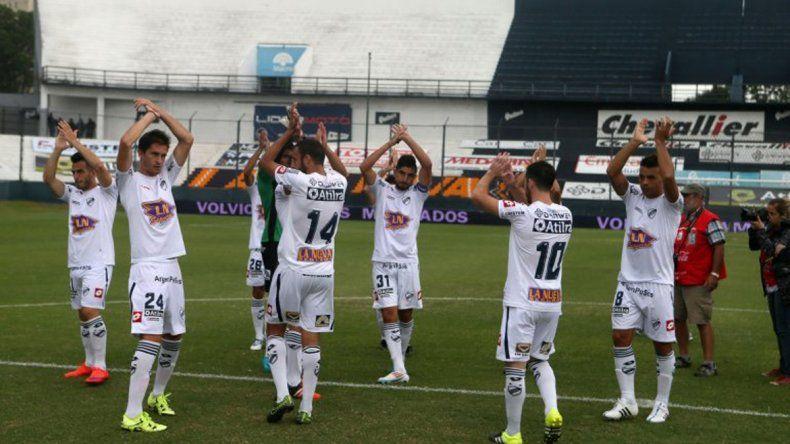 Los jugadores de Quilmes siguen sin cobrar y no entrenaron