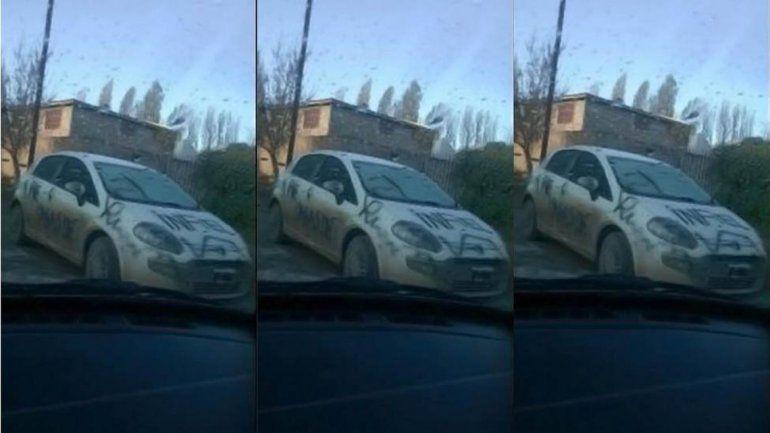 Zapala: acusó a su pareja de infiel y le rayó el auto
