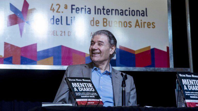 Víctor Hugo Morales se despachó contra los medios y el macrismo ante una gran audiencia que lo acompañó con el cántico vamos a volver.