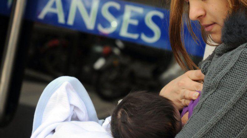 Neuquén se suma a la #TeteadaMasiva en defensa de la lactancia