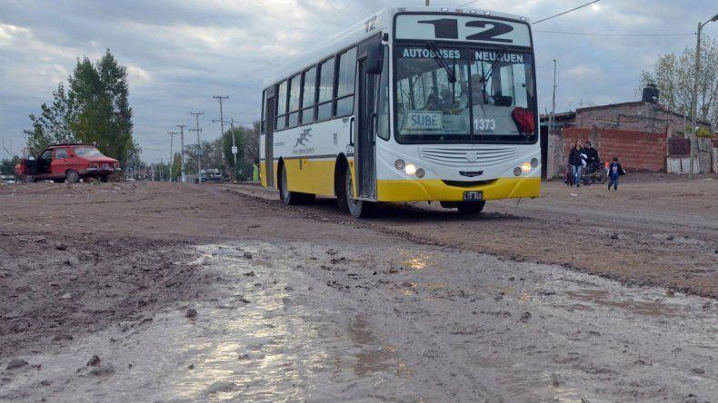 Las consecuencias de la lluvia en las calles de Neuquén
