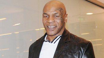 Mike Tyson, a favor de Donald Trump.