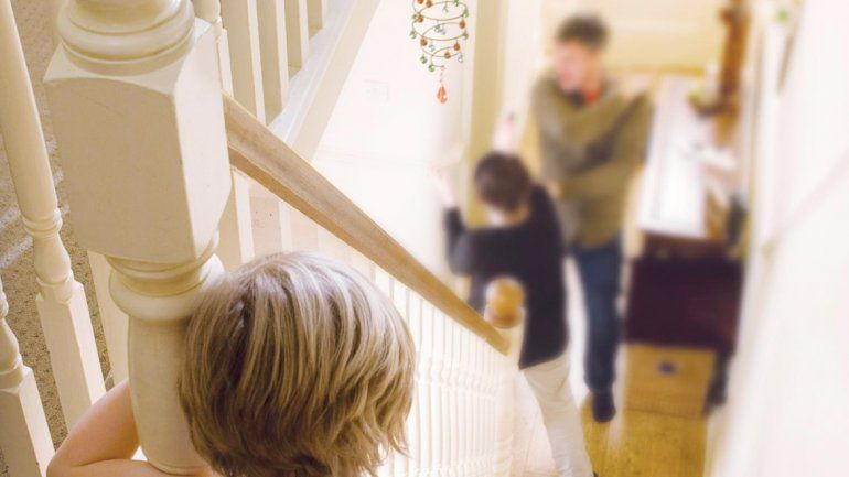 Los padres del nene denuncian episodios de violencia mutuos y ambos pelean por la tenencia del pequeño.
