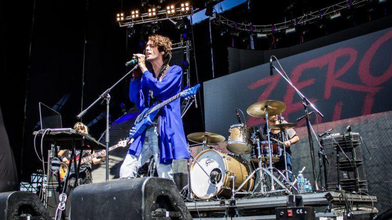 El músico firmó con Sony Music.