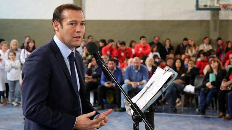 El gobernador anunció este mediodía obras en Villa La Angostura.