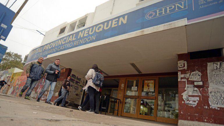 Al Castro Rendón llegó derivado del hospital de la comarca petrolera.