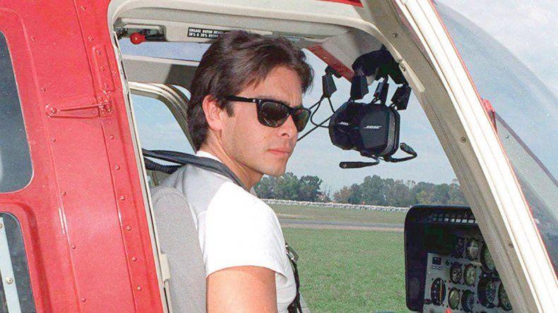 Carlos Menem Jr. en el helicóptero del accidente.