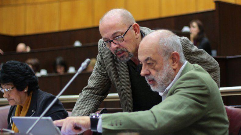 Los diputados emepenistas impulsaron el proyecto de ley.