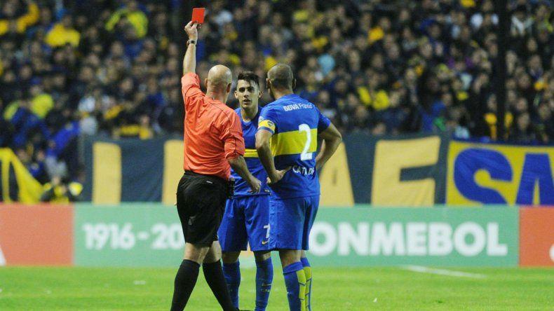 Pavón casi pasa de héroe a villano: hizo el gol en un momento clave