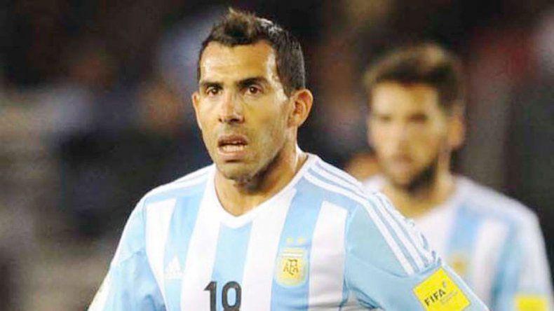Víctor Cuesta sorprendió y se ganó un lugar en la lista. Carlitos no está después de haber jugado las últimas 4.