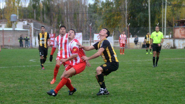 El Rojo ganó 1 a 0 contra Libertad, pero no le alcanzó para pasar