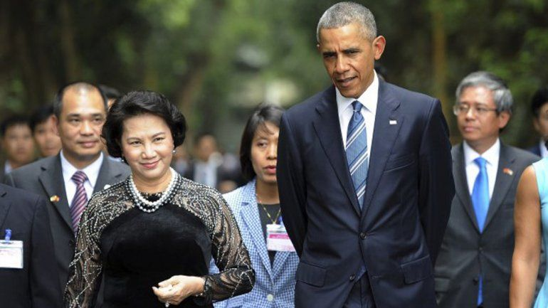 Obama le levantó el embargo militar a Vietnam.