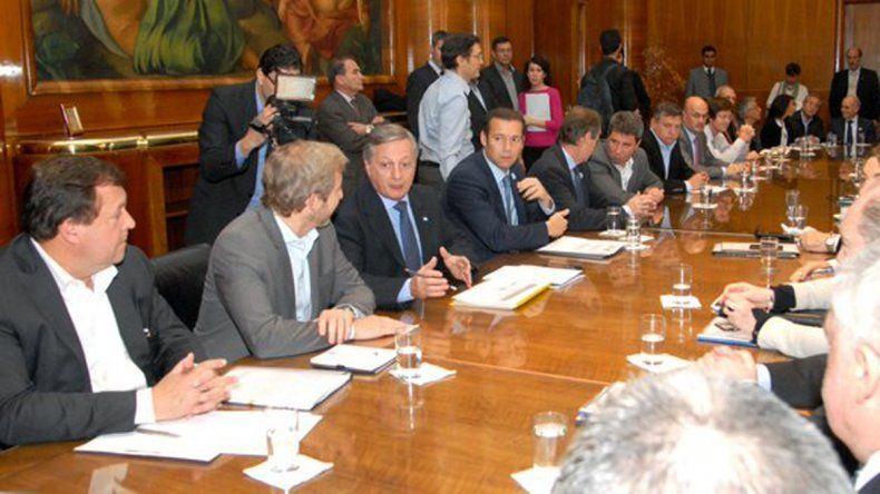 Nación ofertó fijar un tope de aumento del 400 % para la suba de tarifas residenciales
