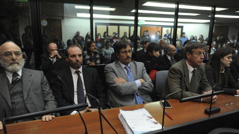 Condenan a 4 años y 9 meses de prisión al ex secretario Mathov