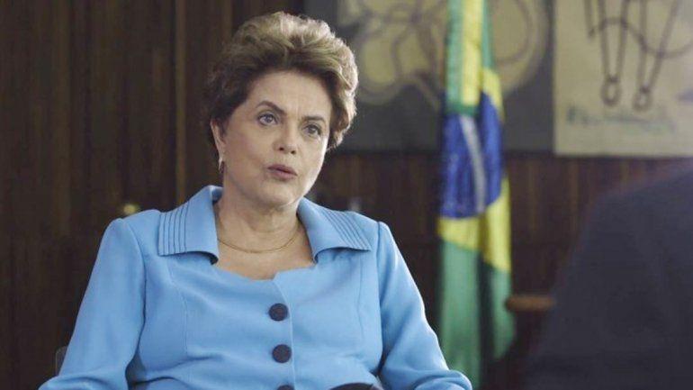 Dilma quedó al borde de la destitución