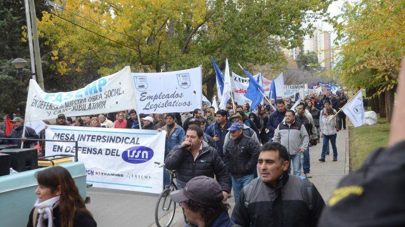 Con divisiones, los gremios no quieren la reforma del ISSN