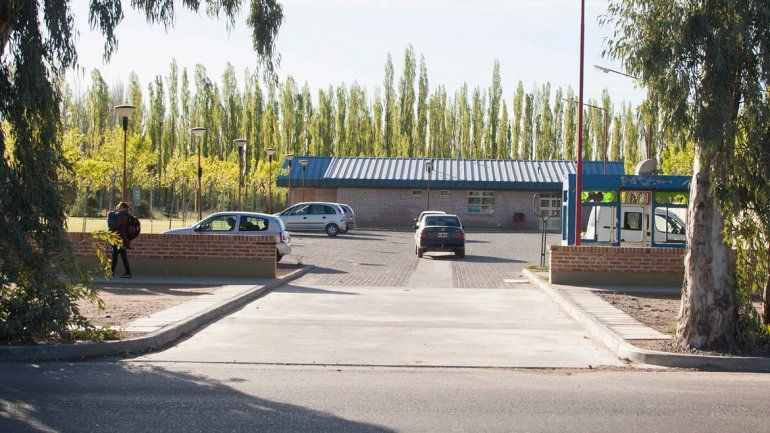 La guardería funciona en el predio del hospital de Centenario para los hijos de los empleados.