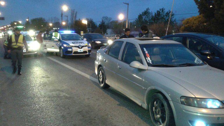 El conductor del Chevrolet Vectra chocó de atrás a una camioneta en Ruta 22 y Solalique.