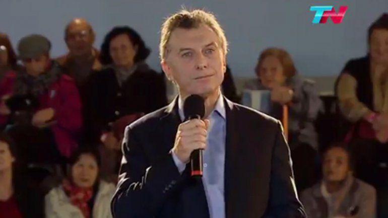 Macri expresó sus condolencias al pueblo estadounidense