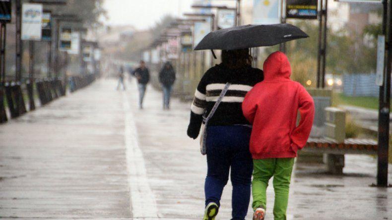 El fin de semana se viene con lluvias y frío en la región