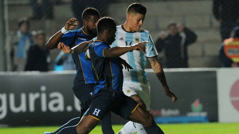 Argentina le ganó a Honduras con un golazo de Higuaín