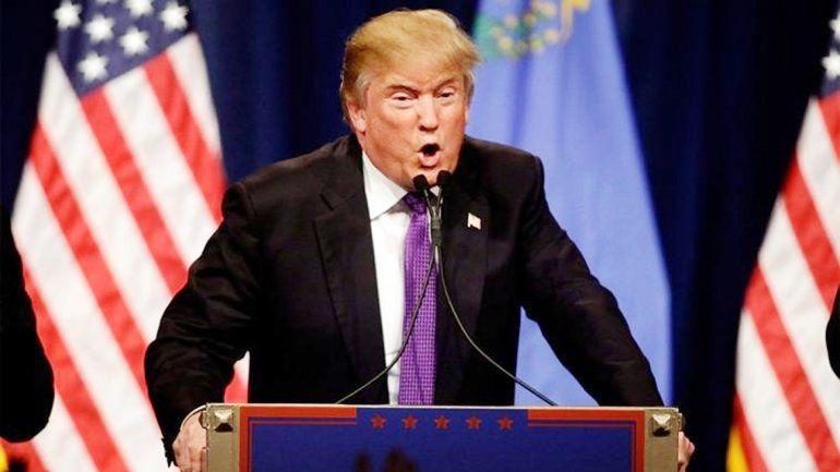 El candidato a presidente republicano también embistió contra Obama.