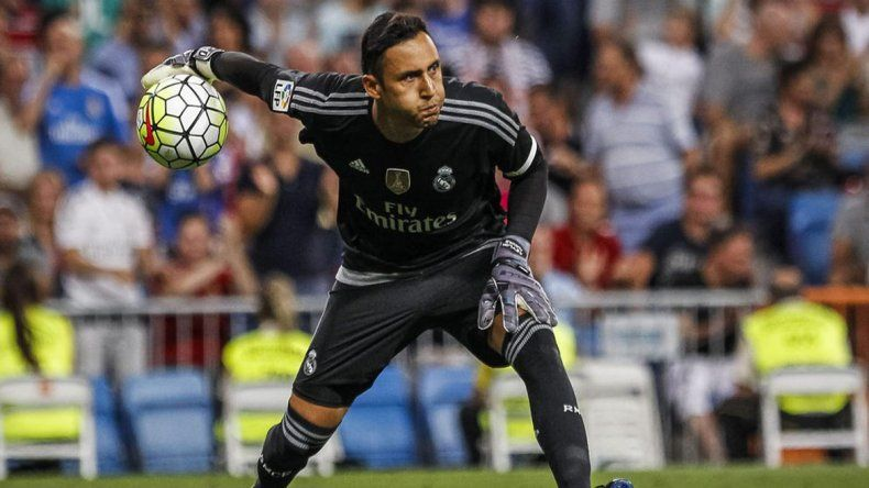 Keylor Navas atajando para el Real Madrid.