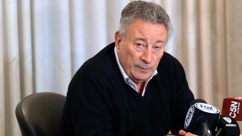 Luis Segura.