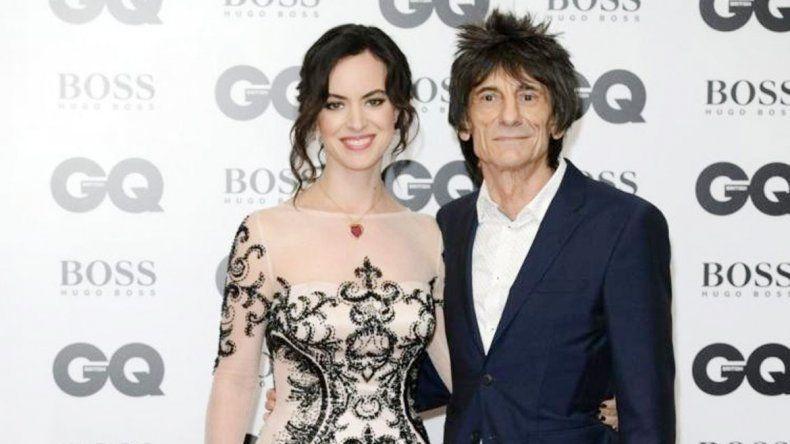 El guitarrista de los Stones está en pareja con Sally Humphreys.