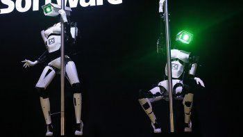 Crearon robots que hacen el baile del caño
