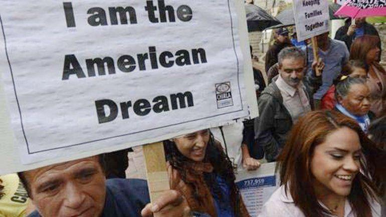 Cada vez más estadounidenses renuncian a la ciudadanía.