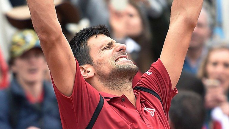 Novak Djokovic despachó a Dominic Thiem 6-2