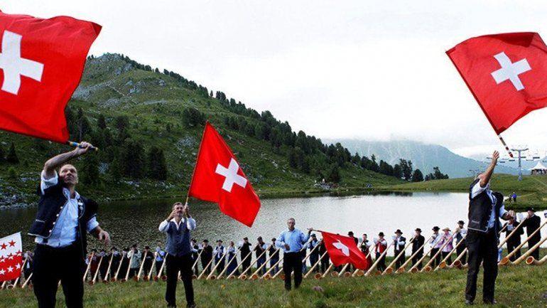 Los suizos rechazaron un plan social para toda la población